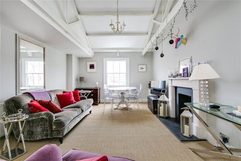 2 bedroom flat to rent - Cranley Place, South Kensington, London