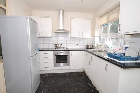 4 bedroom terraced house to rent - Great Cambridge Road, Tottenham