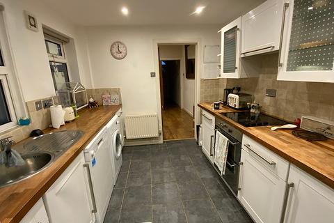 2 bedroom terraced house to rent - Gosbrook Road, Caversham, Reading, RG4 8EG