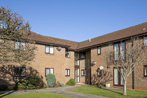 2 bedroom apartment for sale - Orchard Court, Stonehouse