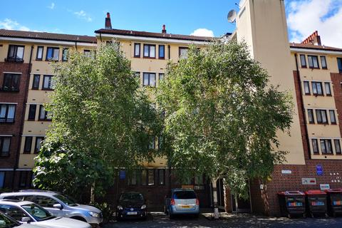 2 bedroom flat for sale - Hindle House , E8