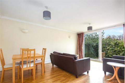 3 bedroom flat to rent - Barleycorn Way, London, E14
