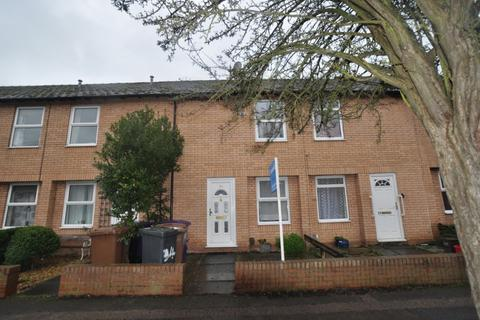 2 bedroom terraced house to rent - Radcliffe Road, Hitchin, SG5