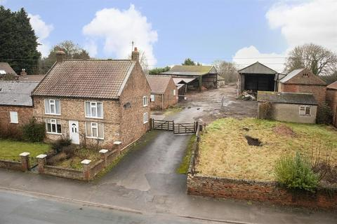 2 bedroom property with land for sale - Flawith, York, YO61 1SF