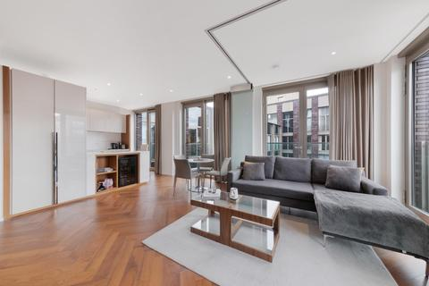 1 bedroom flat to rent - Capital Building, Embassy Gardens, London, SW11