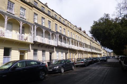 2 bedroom flat to rent - West Mall, Clifton, BS8