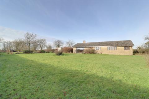 3 bedroom detached bungalow for sale - East Anstey, Tiverton