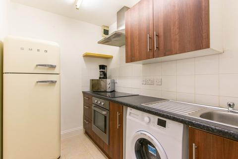 1 bedroom apartment to rent - Priory Street, Cheltenham GL52 6DG