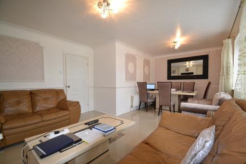 2 bedroom apartment for sale - Chelmer Crescent, Barking
