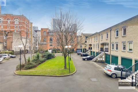 2 bedroom flat - Bowmans Mews, London, E1