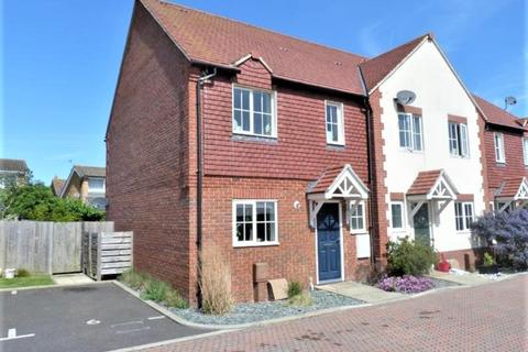 3 bedroom end of terrace house for sale - Hunston, Chichester