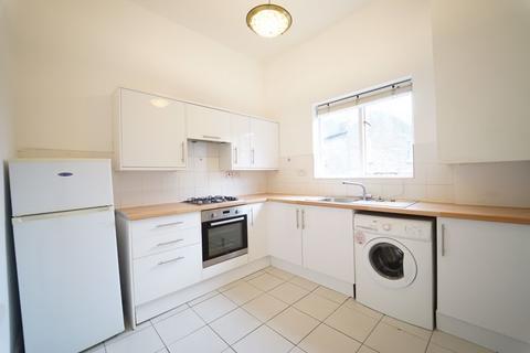 2 bedroom apartment to rent - Chippenham Road, London