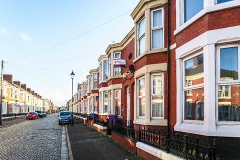 6 bedroom house share to rent - Albert Edward Road, Kensington