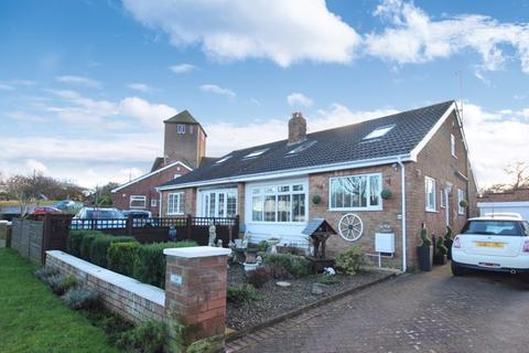3 bedroom bungalow for sale - Coldyhill Lane, Scarborough