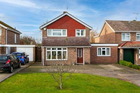 3 bedroom detached house for sale - Chestnut Avenue, Staplehurst, Tonbridge, Kent, TN12 0NH