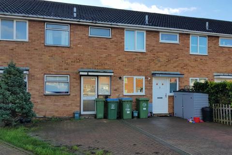 2 bedroom house - Roberts Drive, Aylesbury, Buckinghamshire