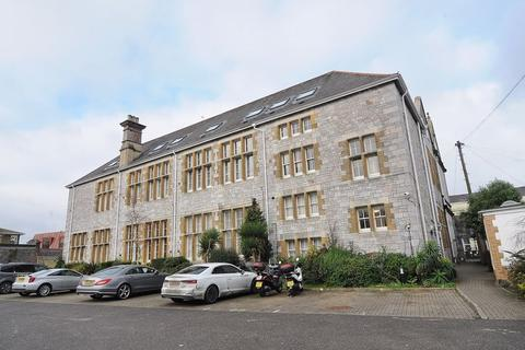 2 bedroom apartment for sale - North Road West, Plymouth. Top Floor Apartment in Central Plymouth.