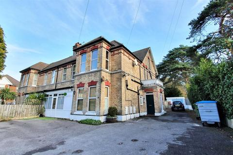2 bedroom apartment for sale - 47 Alumhurst Road, Bournemouth