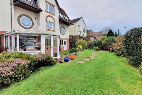 1 bedroom flat for sale - 154-166 Bournemouth Road, Poole