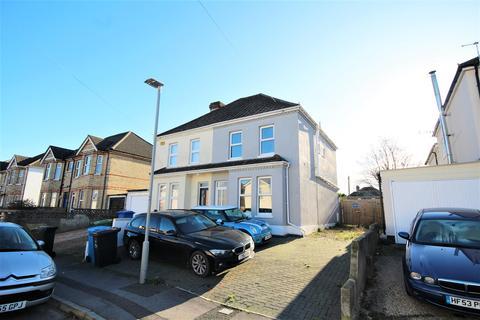 3 bedroom semi-detached house for sale - Shillito Road, Poole