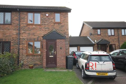 2 bedroom flat to rent - Rudyard Close, Luton, LU4