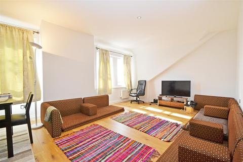 2 bedroom flat to rent - Royal York Apartments,Old Steine, Brighton, BN1 1NH