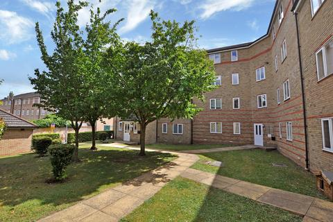 2 bedroom flat to rent - Rookes Crescent, Chelmsford, CM1