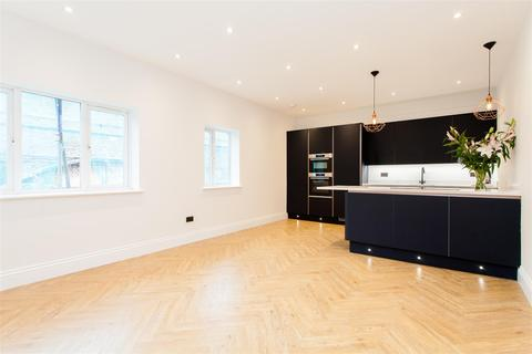 2 bedroom flat for sale - Hollybush Place, London