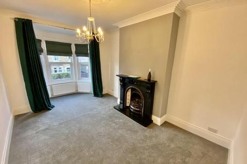 2 bedroom flat to rent - Beacon Street, Low Fell