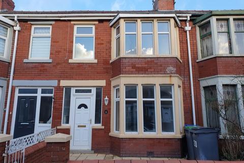 3 bedroom house to rent - Fir Grove, Blackpool, Lancashire