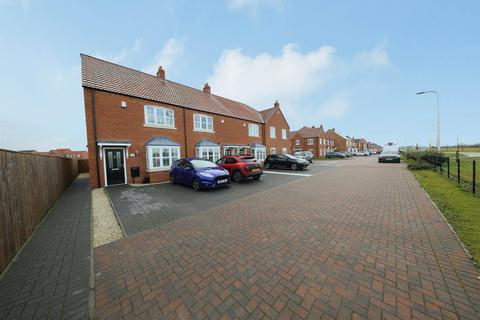 3 bedroom end of terrace house for sale - Furlong Drive, Kingswood, Hull
