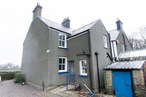 2 bedroom detached house - 3 Tyn Lon, Ffordd Brynsiencyn, Llanfairpwllgwyngyll, LL61 6NY