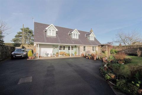3 bedroom detached house for sale - Castle Street, Norham, Northumberland, TD15