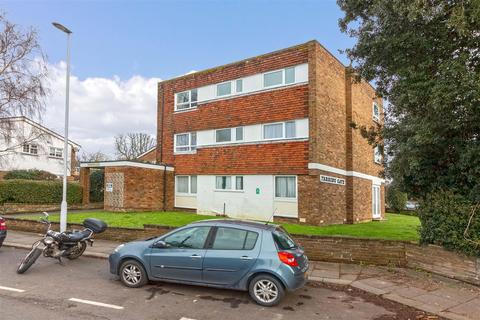 2 bedroom flat for sale - South Street, Tarring, Worthing