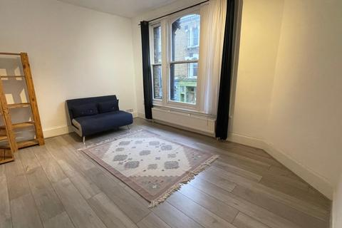 1 bedroom flat to rent - Stoke Newington Church Street