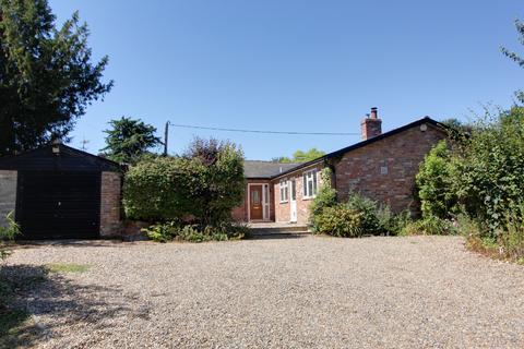 5 bedroom detached bungalow to rent - Buxhall IP14