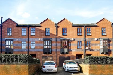 4 bedroom terraced house to rent - West Lane, London, SE16