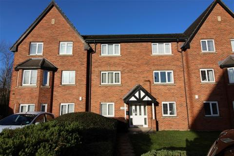 2 bedroom ground floor flat to rent - Pavilions Close, Stanningley, Leeds, LS28 6NL