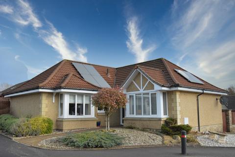 3 bedroom detached bungalow for sale - Laird's Drive, Clackmannan, Clackmannanshire, FK10 4EQ