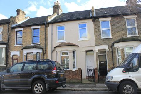 3 bedroom terraced house to rent - Park Grove Road, Leytonstone, London, E11 4PU