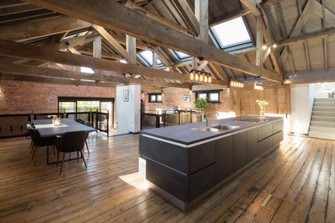 4 bedroom townhouse for sale - The Black House, 14, Heslington Lane, Fulford, York YO10 4LR
