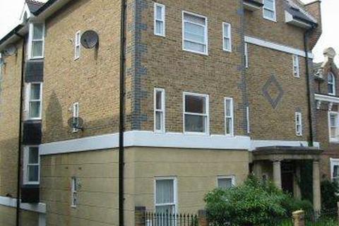 1 bedroom apartment - Sandringham House, 84 St Margaret`s Street, Rochester, Kent, ME1