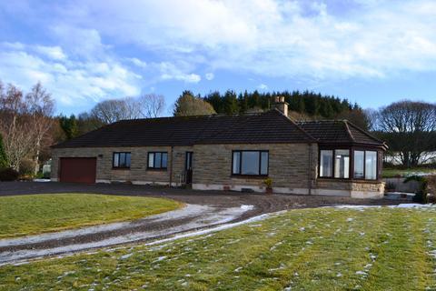 3 bedroom detached bungalow to rent - Dunphail, Forres