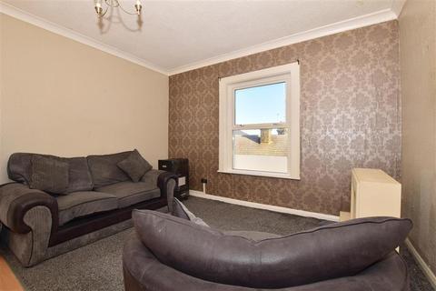 1 bedroom flat for sale - High Street, Sheerness, Kent