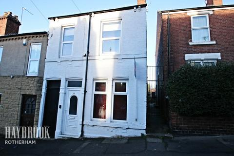 2 bedroom end of terrace house for sale - Albany Street, Clifton