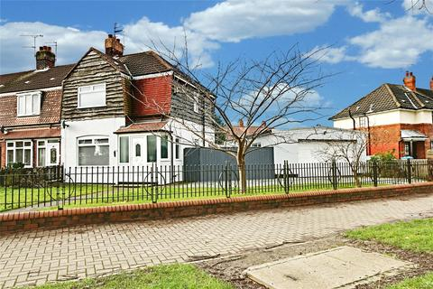 3 bedroom semi-detached house for sale - York Road, Hull, East Yorkshire, HU6