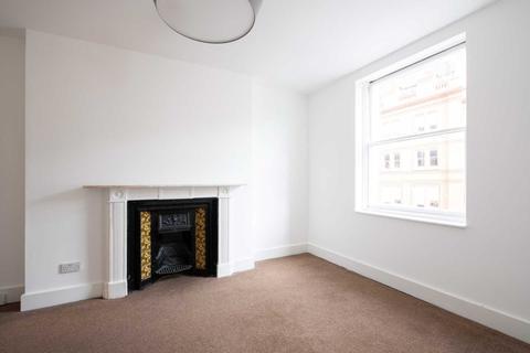 2 bedroom flat to rent - Manchester Street, Marylebone, W1U