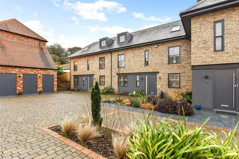 3 bedroom mews for sale - Wellington Mews, Broyle Road, Chichester, West Sussex, PO19
