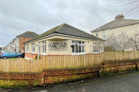 4 bedroom detached bungalow for sale - Elmes Road, Moordown, Bournemouth