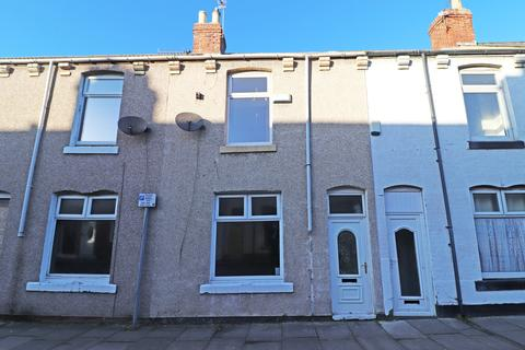 2 bedroom terraced house - Cameron Road, Hartlepool